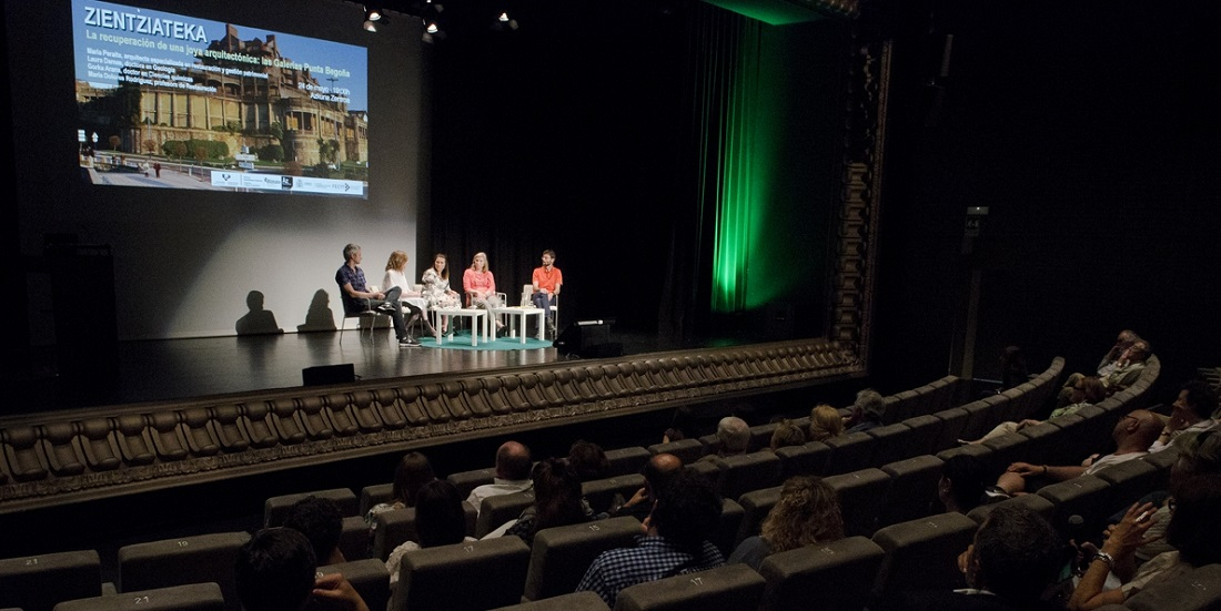 Conferencia Punta Begoña-Zientziateka-Bilbao-Maria Peraita-Foto Mikel Martinez