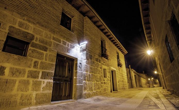 Casa rural El Veredero en Castrojeriz. Obra: Maria Peraita y Eva Lara Noya